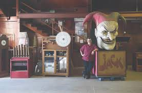 Knotts Berry Farm Halloween Hours by Knott U0027s Berry Farm To Auction Off Animatronics Memorabilia In