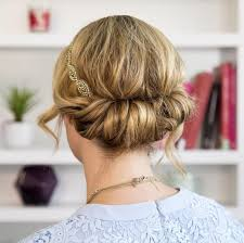 Stunning Bridal Updos For Your Winter Wedding
