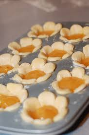 Desserts With Pumpkin Pie Filling by Use A Large Flower Shaped Cookie Cutter For A Decorative Crust And