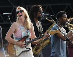 Tedeschi Trucks Band Slides Into Oakland - SFGate