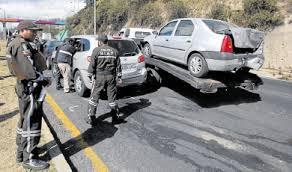 patio de autos quito cinco carros chocados 纎ltimas noticias