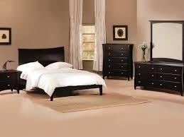 rooms to go bedroom sets belcourt white 5 pc queen lattice