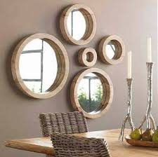 wandgestaltung mit spiegeln optische raumerweiterung