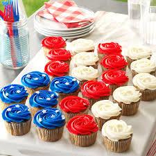 Patriotic Cookie Cream Cupcakes