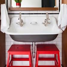 Plants For Bathroom Counter by Bathroom Indoor Plants With Chandelier And Kohler Sinks Also Wall