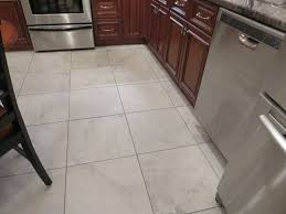 American Olean Unglazed Quarry Tile by Ivetta White 18 X 18 Tile Like The Subtle Coloring And Size Of