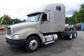 2005 Freightliner CL120 Tandem Axle Sleeper Cab Tractor For Sale By ...