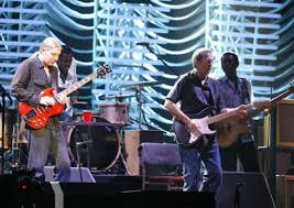 100 Derek Trucks Slide Dueling Guitars Watch Eric Clapton And Play