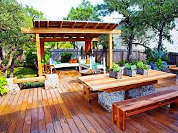 Tips Enchanting Outdoor Patio Design With Ground Level Deck
