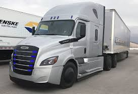 100 Semi Truck Rental Companies Highlighting The Drive Of An Electric Freightliner Truck