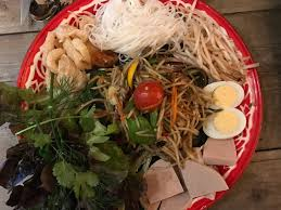 cuisine in lao cafe outstanding somtum and food in