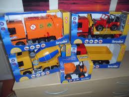 Toy Truck: Toy Truck Bruder