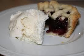 Mini Strawberry and Blueberry Pie