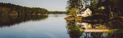 104 Water Front House The Pros And Cons Of Buying A Lake Rocket Mortgage