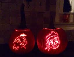 Disney Pumpkin Stencils by Ways To Do Halloween U201cdisney Style U201d Dw Dads J R U0026 Domenic With