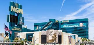 Man barricaded inside Las Vegas MGM Grand Casino found dead after