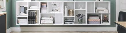 regal dekorieren 6 tipps für den shelf styling trend