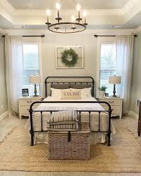 60 Warm And Cozy Rustic Bedroom Decorating Ideas
