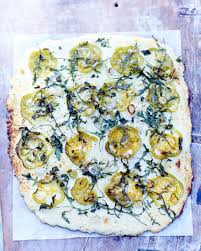 cuisine chou chou fleur comme une pizza pour 6 personnes recettes à table