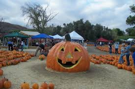 Santa Clarita Pumpkin Patch Festival by Lombardi Ranch In Santa Clarita An Annual Family Tradition