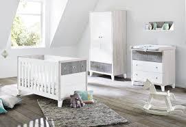 chambre bébé lit commode chambre bebe lit commode armoire pinolino inakis