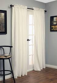 Plum And Bow Blackout Pom Pom Curtains by Best 25 Blackout Cloth Ideas On Pinterest Blackout Curtains
