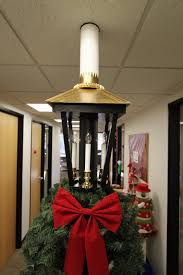 Office Christmas Decorating Ideas For Work by The Office Holiday Pole Decorating Contest Mid Century Modern