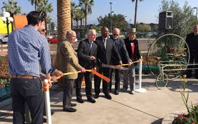 100 Century 8 Noho Metro Opens New Landscaped Plaza At North Hollywood Station
