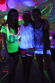 have your friends wear neon or white clothing the girls loved