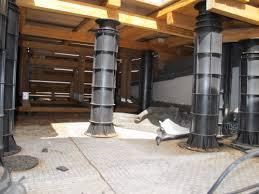 plot reglable pour terrasse bois plots réglables pour terrasses en bois extérieur