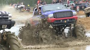 Redneck Mud Truck Park Florida - Breaking Stuff