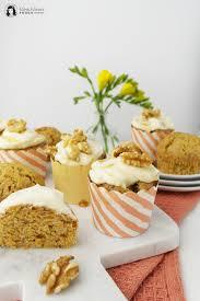 vegane karotten muffins mit ahornsirup frosting