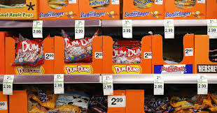Walgreens Halloween Decorations 2017 by Halloween Spending Slated To Hit Record 9 1 Billion Nrf Says