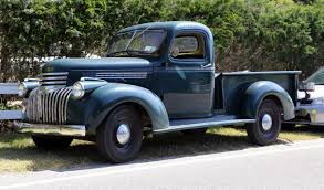 100 Ton Truck File1946 Chevrolet DP Ton Truck Front Leftjpg Wikimedia Commons