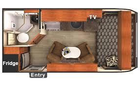 Small Rv With Bathroom