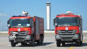 File:Airport Fire Truck.jpg - Wikimedia Commons Public Invited To Glacier Valley Fire Station Open House Free Rides Used Okosh Arff Parts Team Eagle Ltd Airport Fire Truck 6x6 Superimpact X6 Iveco Magirus 3d Model Kosh Striker 4500 Arff Chicagoaafirecom Apparatus Nearly 1 Million Custom Truck For Guam Pnc News First Aircraft Rescue Fighting 1997 T3000 19503000420 For Emergency Why Are Airport Firetrucks Painted Yellow Green