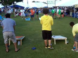 3 In A Row Carnival Game Is An Old Time Favorite That Popular For All Ages The Comes With Bean Bags And Each