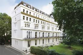 100 Kensington Gardens Square Flat To Rent In W2 Featuring A