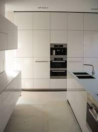 weiß hochglanz küche grifflos glas arbeitsplatte küche