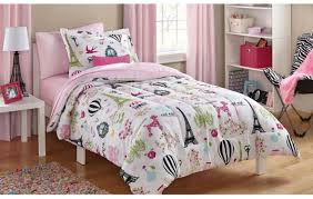 Duvet : Daybed Bedding Sets Home Design Ideas Pictures With ... Masculine Comforter Sets Queen Home Design Ideas Rack Targovcicom Bedroom New White Popular Love This Fuchsia Chevron Reversible Microfiber Set By Bedding Delightful Best And Chic Cozy Relaxed And Simple Master Comforters Very Nice Tropical Decor Amazoncom Halpert 6 Piece Floral Pinch 6pc Carlton Navy T3 Z Ebay Down Alternative Homesfeed Stylized 5 Twin Rosslyn Black 8 To Precious