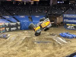 100 Monster Truck Show Sacramento Grave Digger Lands Back Flip In At Jam