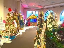 Bellevue Singing Christmas Tree 2016 by Memphis Holiday Events Enchanted Forest Festival Of Trees