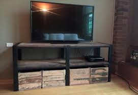 Wooden Pallet Tv Stand With Storage Crates