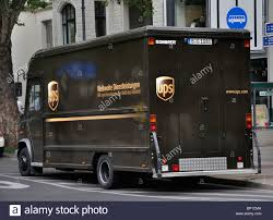100 Who Makes Ups Trucks United Parcel Service Inc UPS Truck Makes Delivery July 2010