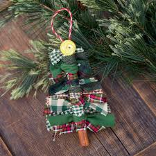 Primitive Easter Tree Decorations by How To Make Scrap Fabric Tree Ornaments