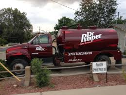 Which Is Funnier, The Truck Or The Parking Sign. : Funny
