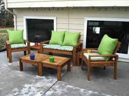 Unique Pieces Furniture Free Diy Woodworking Plans For A Farmhouse Table Simple Wood Projects Jpg