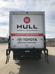 100 Hull Lift Truck Mobile Tire Service