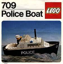 boat do lego bricks float bricks