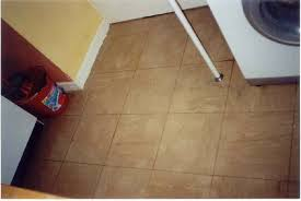 remove paint from floor tiles